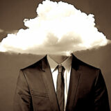 Gli stupidi sono sempre sicuri mentre le persone intelligenti sono piene di dubbi